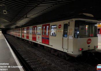Comienza el redecorado de las puertas de los trenes de las series 2000 y 2100 del metro